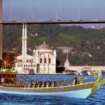 LiveImages_YeniFotoAnaliz_378_İstanbul'da gezilecek yerler_A 3 balat sutlan kayıkları