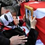 Şehit Polis'in Anne'sinin Ağıtları