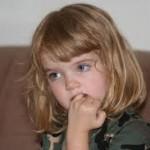Çocuklarda;Tırnak ve dudak yeme alışkanlığı ergenlik çağına kadar sürebiliyor